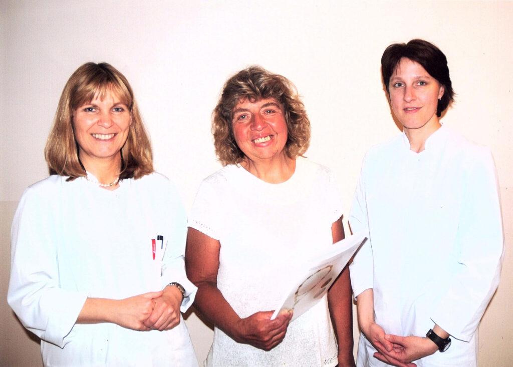 Übergabe des Zertifikats an Christine Berger