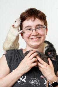 Christin Golz mit Ihren Ratten im Arm
